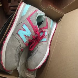 Grey and Pink New Balance size 6 (kids)